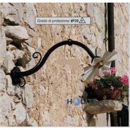 Lampada a muro in ferro battuto h16823