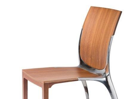 Sedia di design in legno e alluminio impilabile h18802 for Sedia di d annunzio