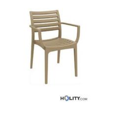 sedia-in-plastica-con-braccioli-h20921