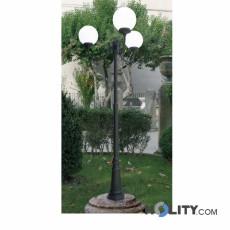m-Lampione-a-tre-luci-con-diffusore-in--policarbonato-opale-h16896.jpg