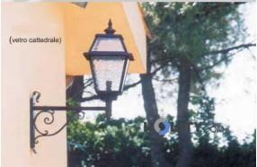 Lampada a muro in ferro battuto h16840