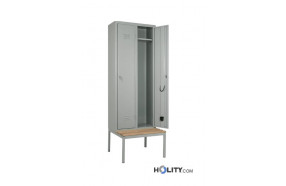 armadio-spogliatoio-con-serratura-su-panca-h471-10